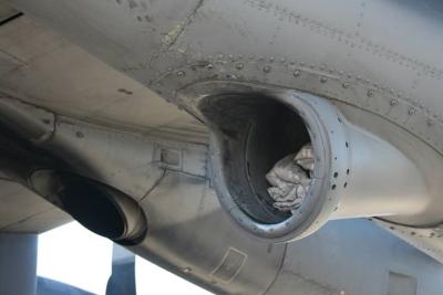 Wing refueling pod